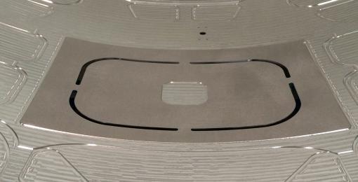 蒙皮机械铣削、钻孔和切边(镜像铣)