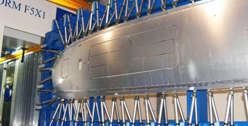 Usinage mécanique de panneau de fuselage (MMS)